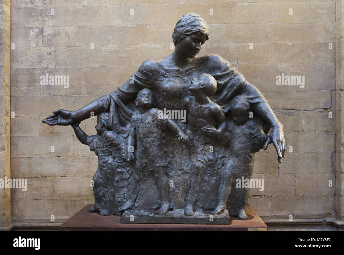 Bronze statue The Mother of Armenia (2014) by Armenian sculptor Vigen Avetis in Florence, Tuscany, Italy. The statue - Stock Image