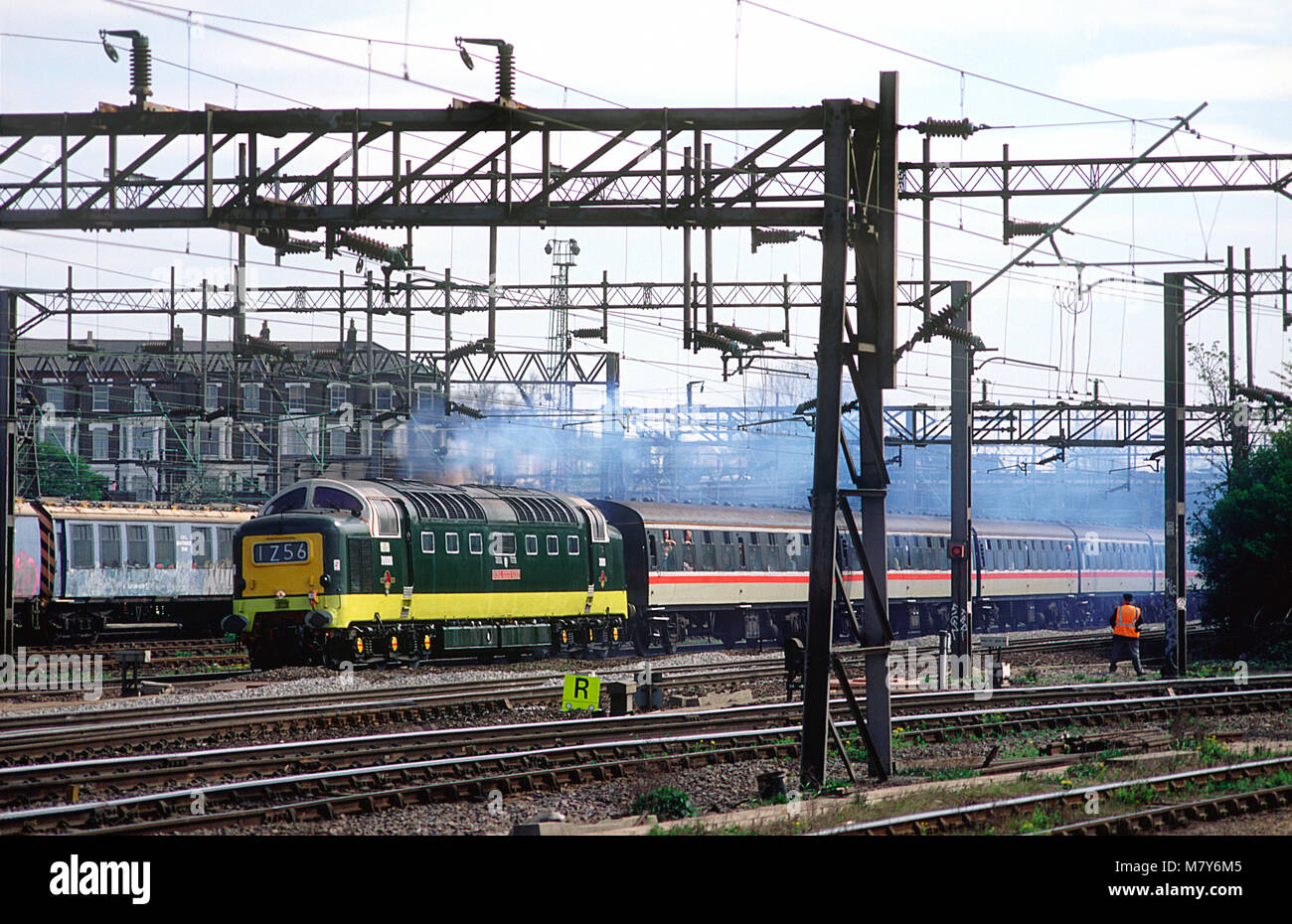 """A class 55 deltic diesel locomotive number 55022/D9000 """"Royal Scots Grey"""" working a enthusiast railtour at Willesden Stock Photo"""