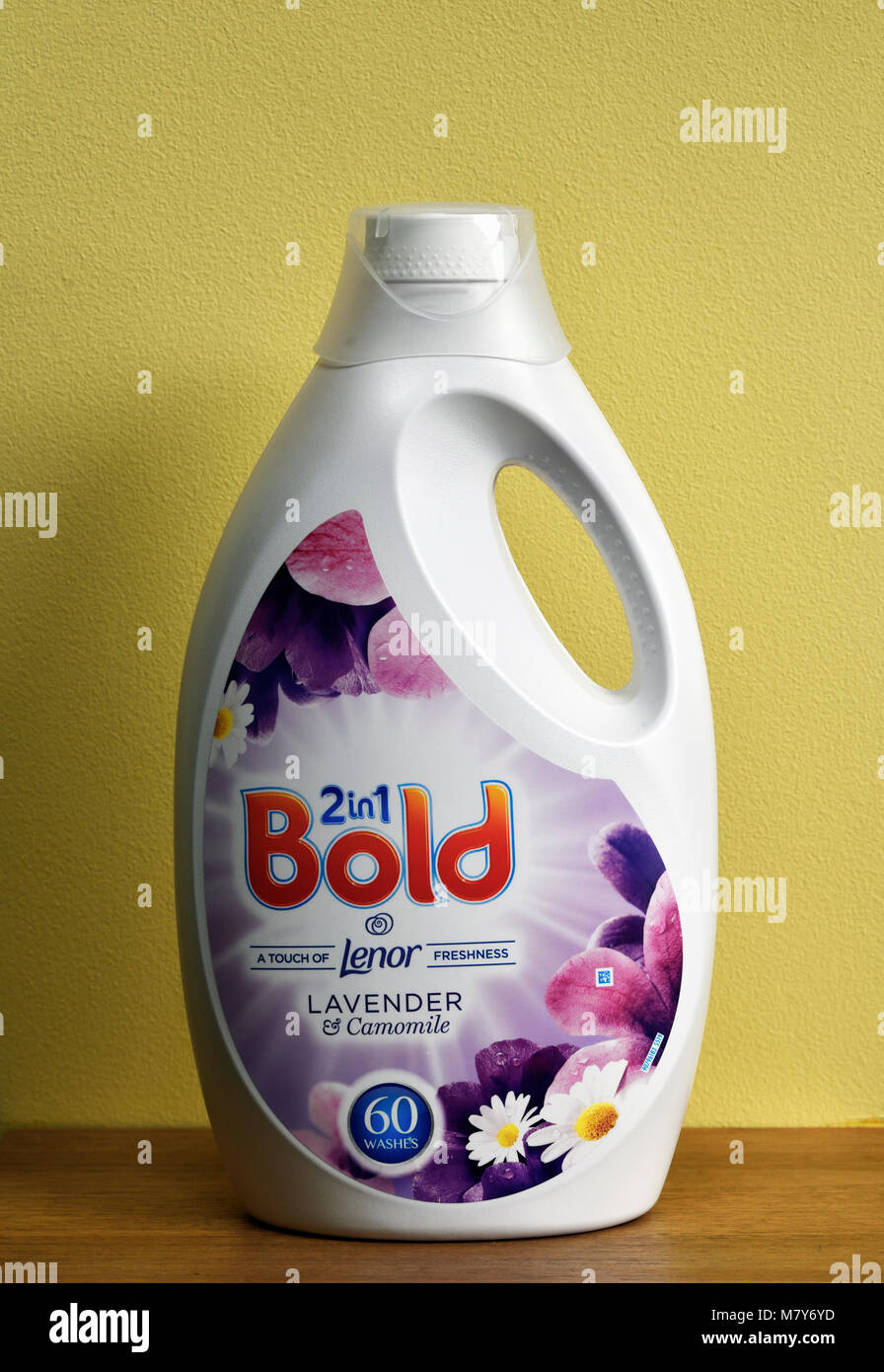 Plastic container of Procter and Gamble 2 in 1 Bold biological laundry detergent. - Stock Image