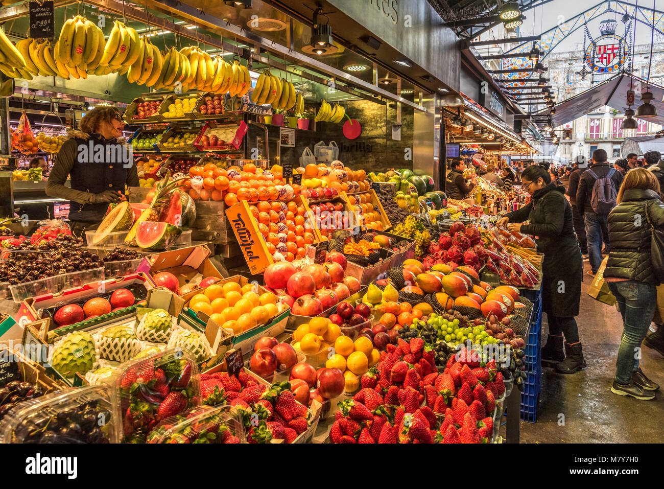Fresh fruit and vegetable stall at Boqueria market, Barcelona, Catalonia, Spain - Stock Image