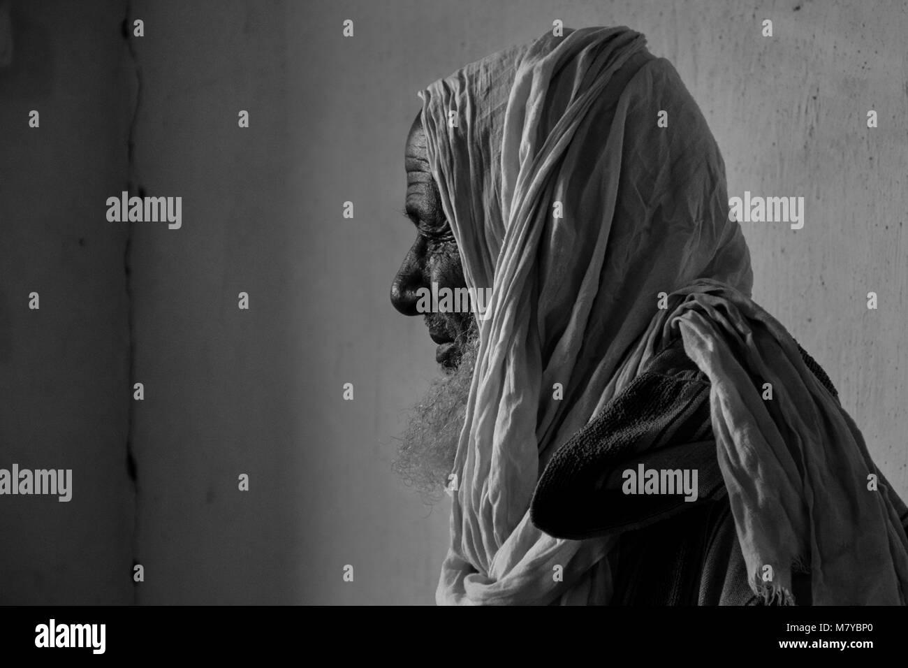 Old man in Smara, Saharawi refugees camp. - Stock Image