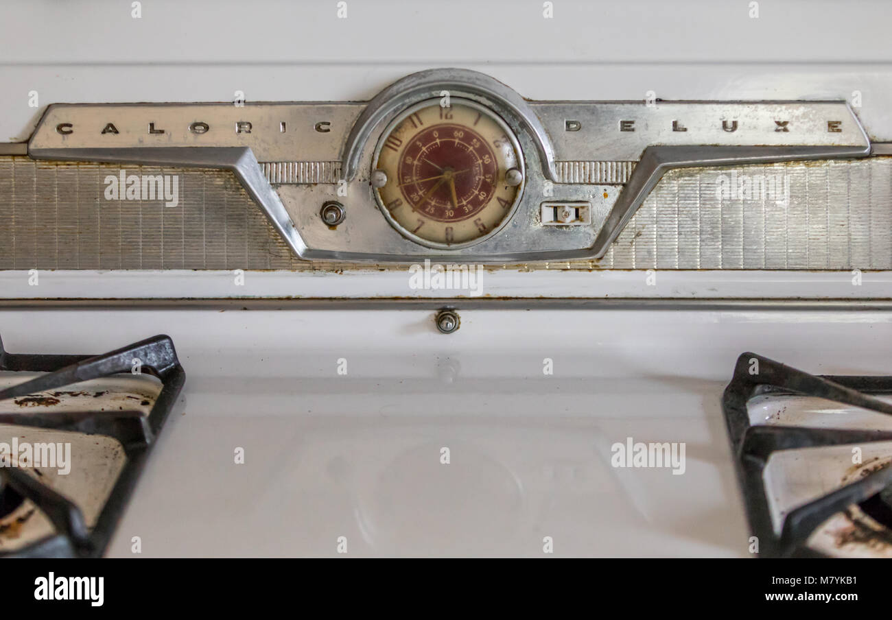 A detail image of an vintage Caloric Deluxe Stove in an abandoned house in southampton, ny. - Stock Image