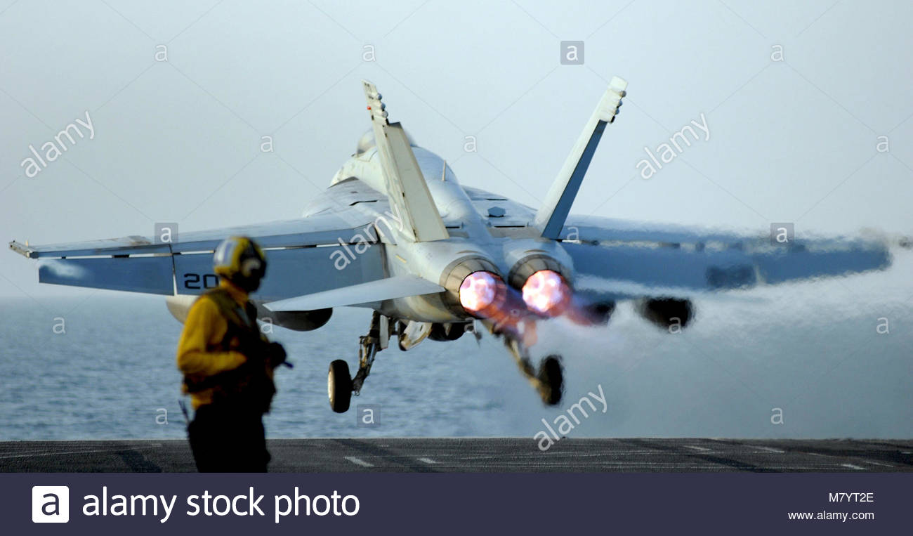 . PERSIAN GULF (May 11, 2008) An F/A-18E Super Hornet assigned to the 'Kestrels' of Strike Fighter Squadron - Stock Image