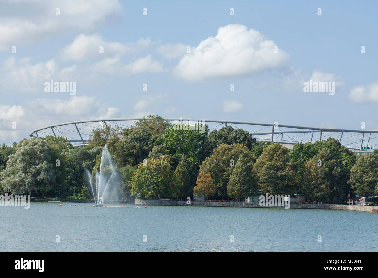 HDI Arena football stadium at  the Maschsee, Hannover, Lower Saxony, Germany, Europe  I Maschsee mit Fußballstadion - Stock Image