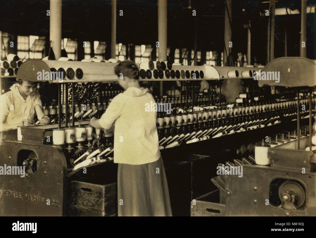 Spooler Tenders, 14 years old, Berkshire Cotton Mills, Adams, Massachusetts, USA, Lewis Hine for National Child Stock Photo