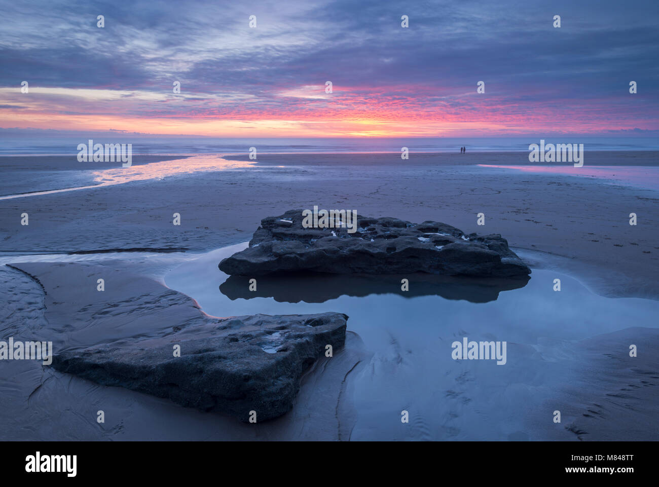 Sunset over Dunraven Bay, Southerndown, Glamorgan, South Wales. Winter (February) 2017. - Stock Image