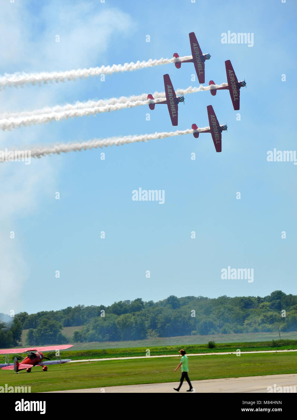 Aeroshell Formations Aerobatic Demonstration Team perform at the 'Tarkio Wingnuts' Airshow in Tarkio, MO - Stock Image