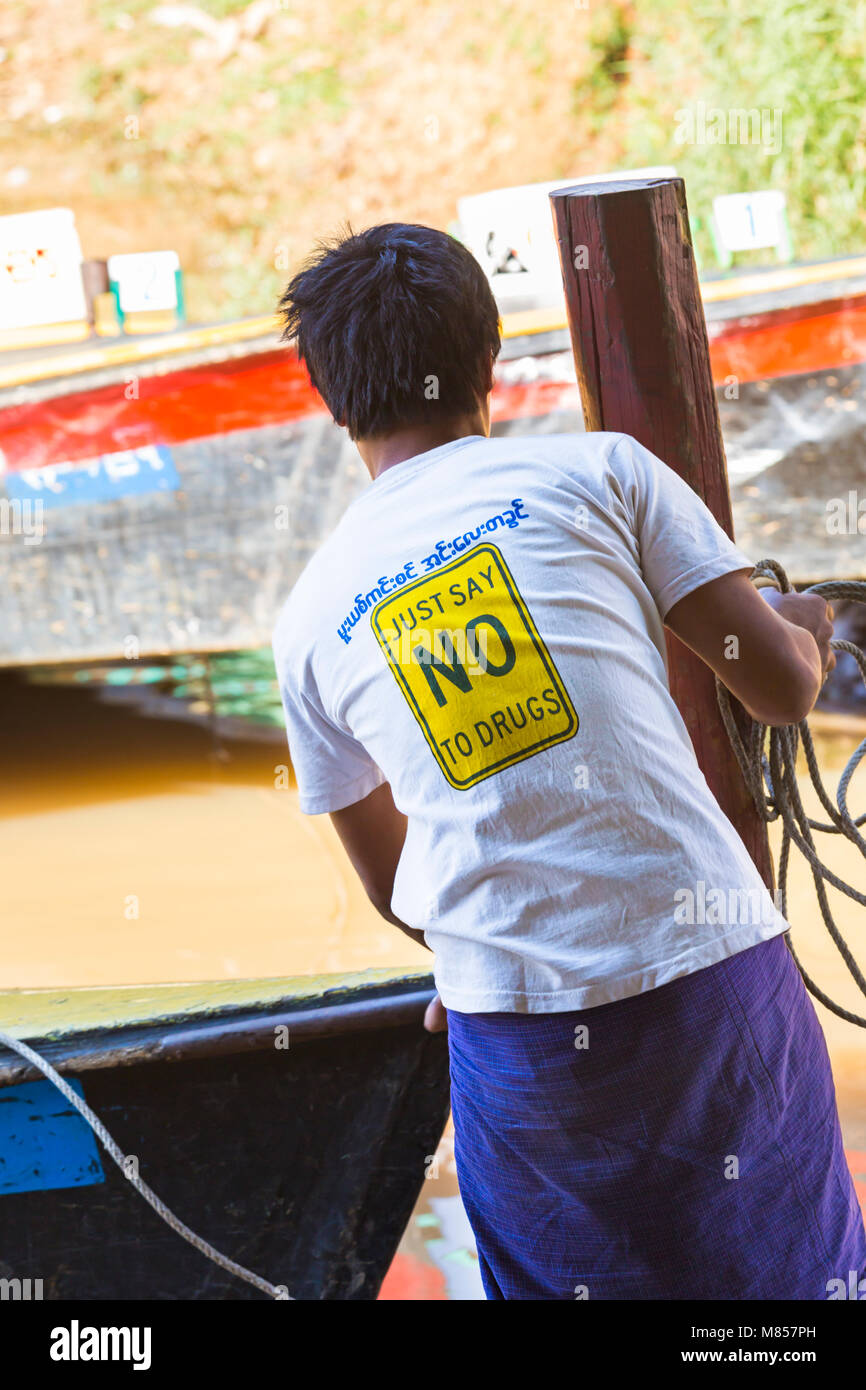 Just say no to drugs - detail on back of t-shirt on man at Inle Lake, Myanmar (Burma), Asia in February - Stock Image