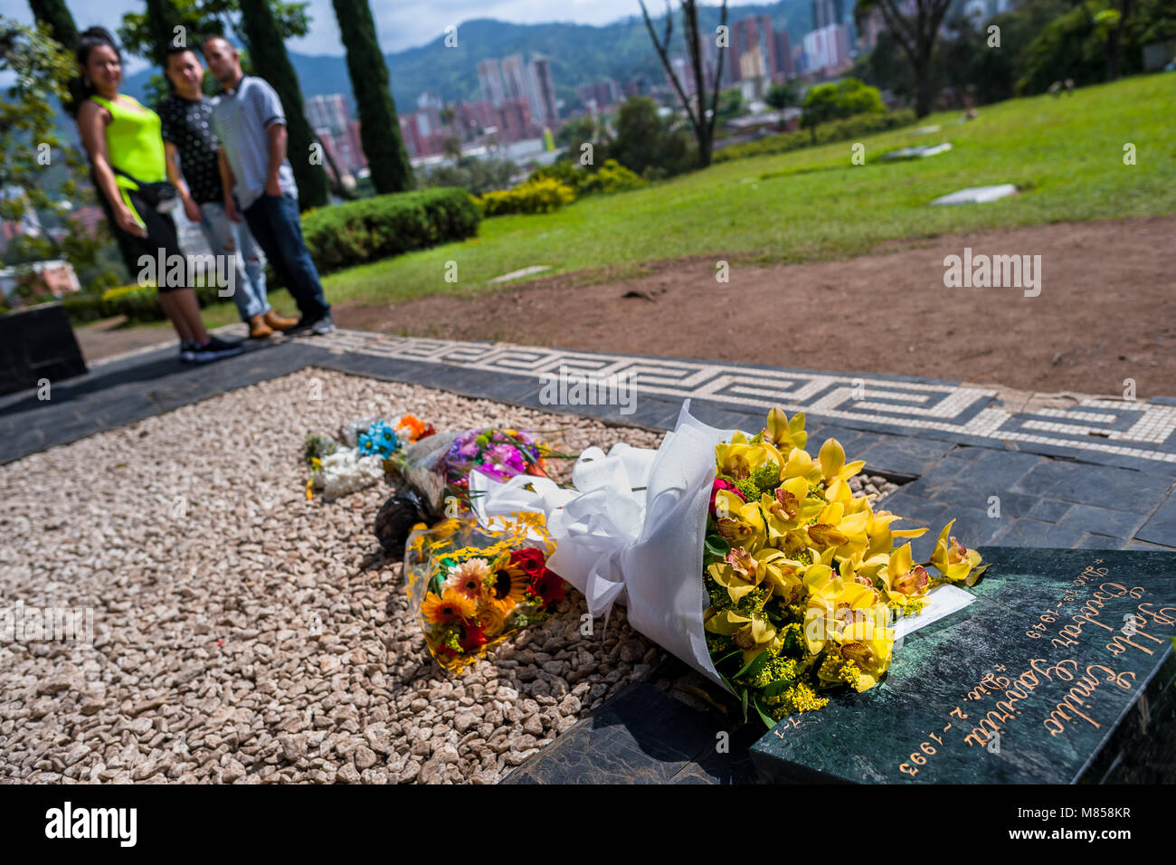 Drug culture stock photos drug culture stock images alamy colombian visitors gather around the tomb of the drug lord pablo escobar at the cemetery of izmirmasajfo