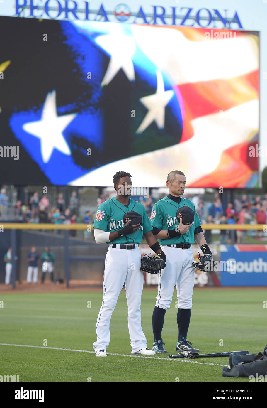 more photos a94ff 37d1d Dee Gordon (L) and Ichiro Suzuki of the Seattle Mariners ...