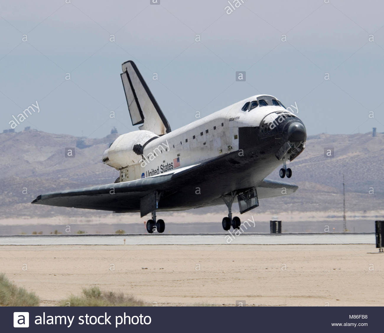 Space Shuttle Atlantis and the STS-117 crew returns home. Space Shuttle Atlantis and the STS-117 crew returned home - Stock Image