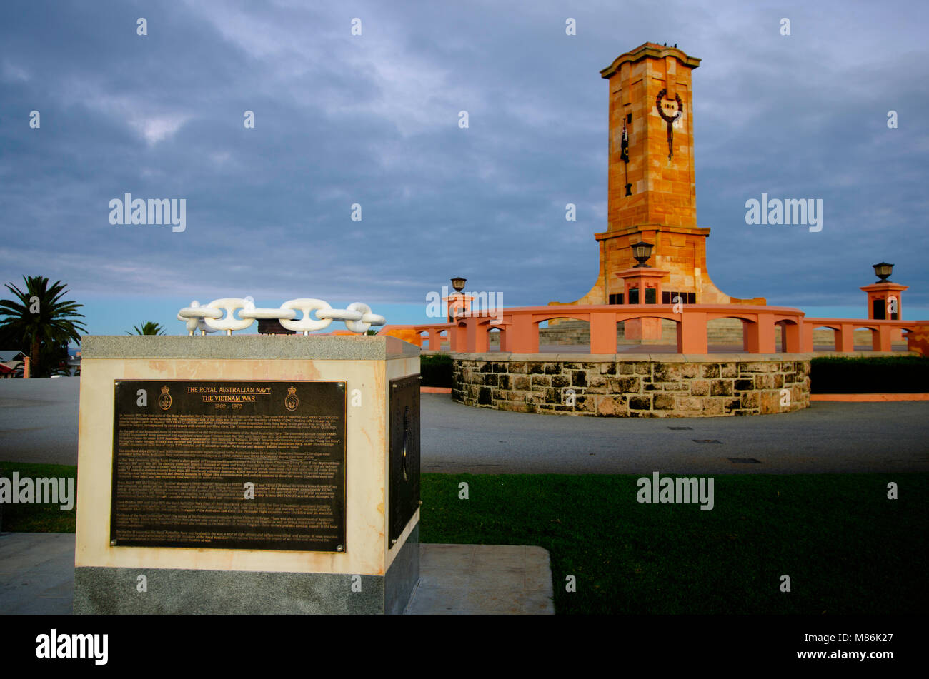 Fremantle War Memorial, Monument Hill, South Fremantle - Stock Image