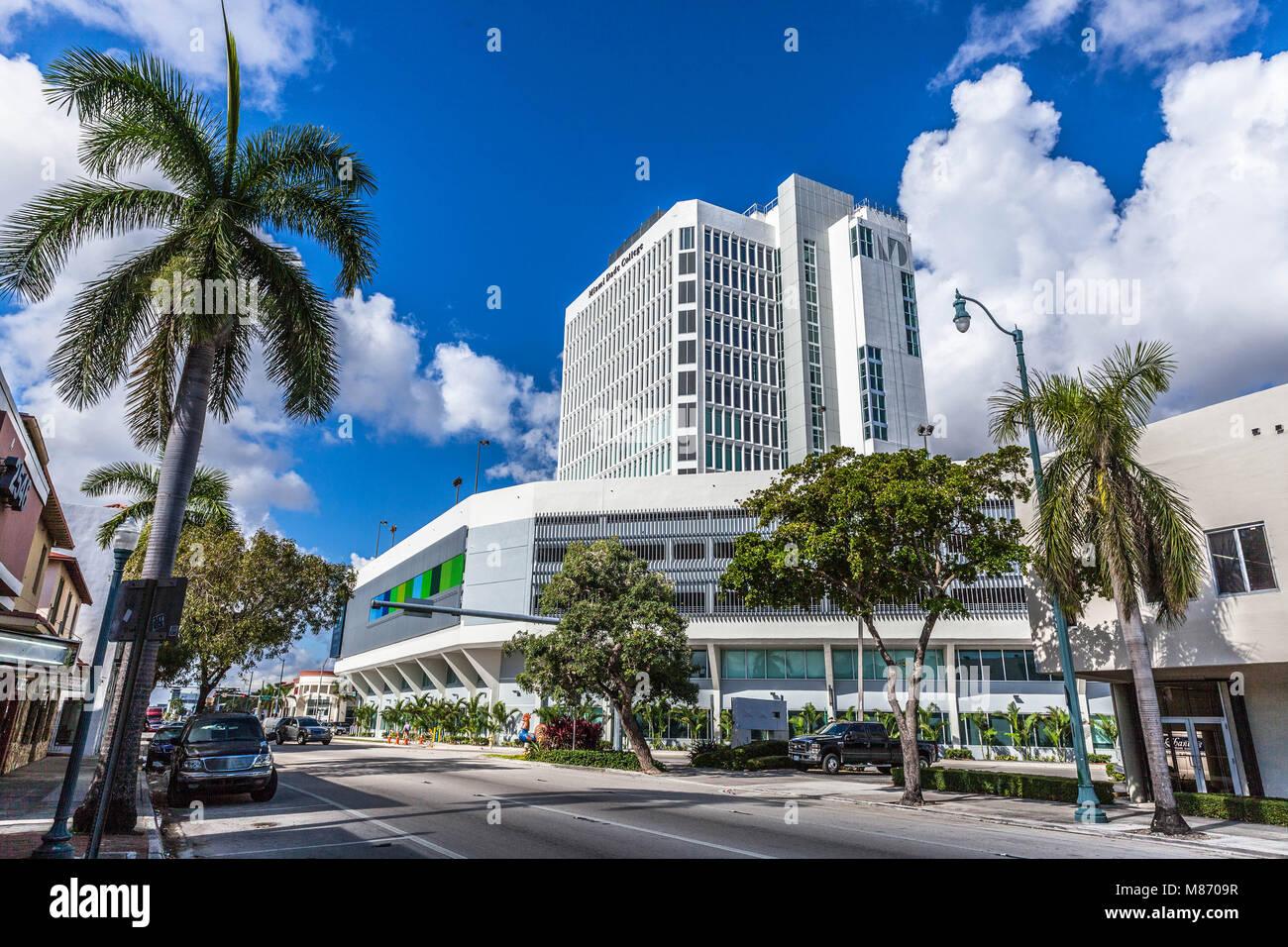Miami Dade Campus Interamerican Campus, Little Havana, 627 SW 27th Ave, Miami, FL 33135, USA. - Stock Image