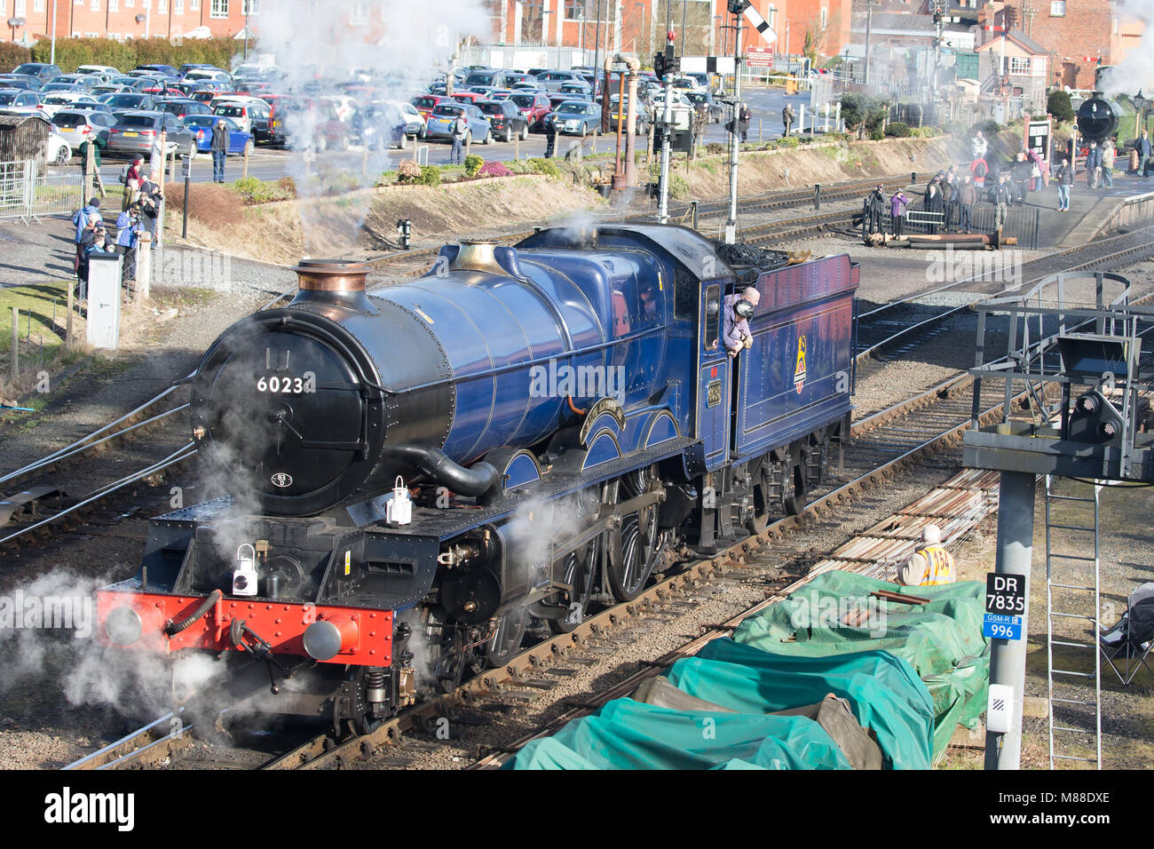 Kidderminster, UK. 16th March, 2018. Severn Valley Rail enthusiasts enjoy taking pictures and travelling on the - Stock Image