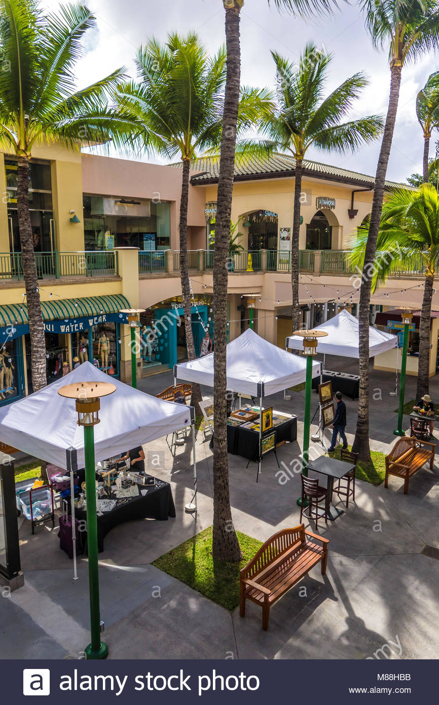 Shops At Wailea Luxury Shopping At Wailea On The Island Of