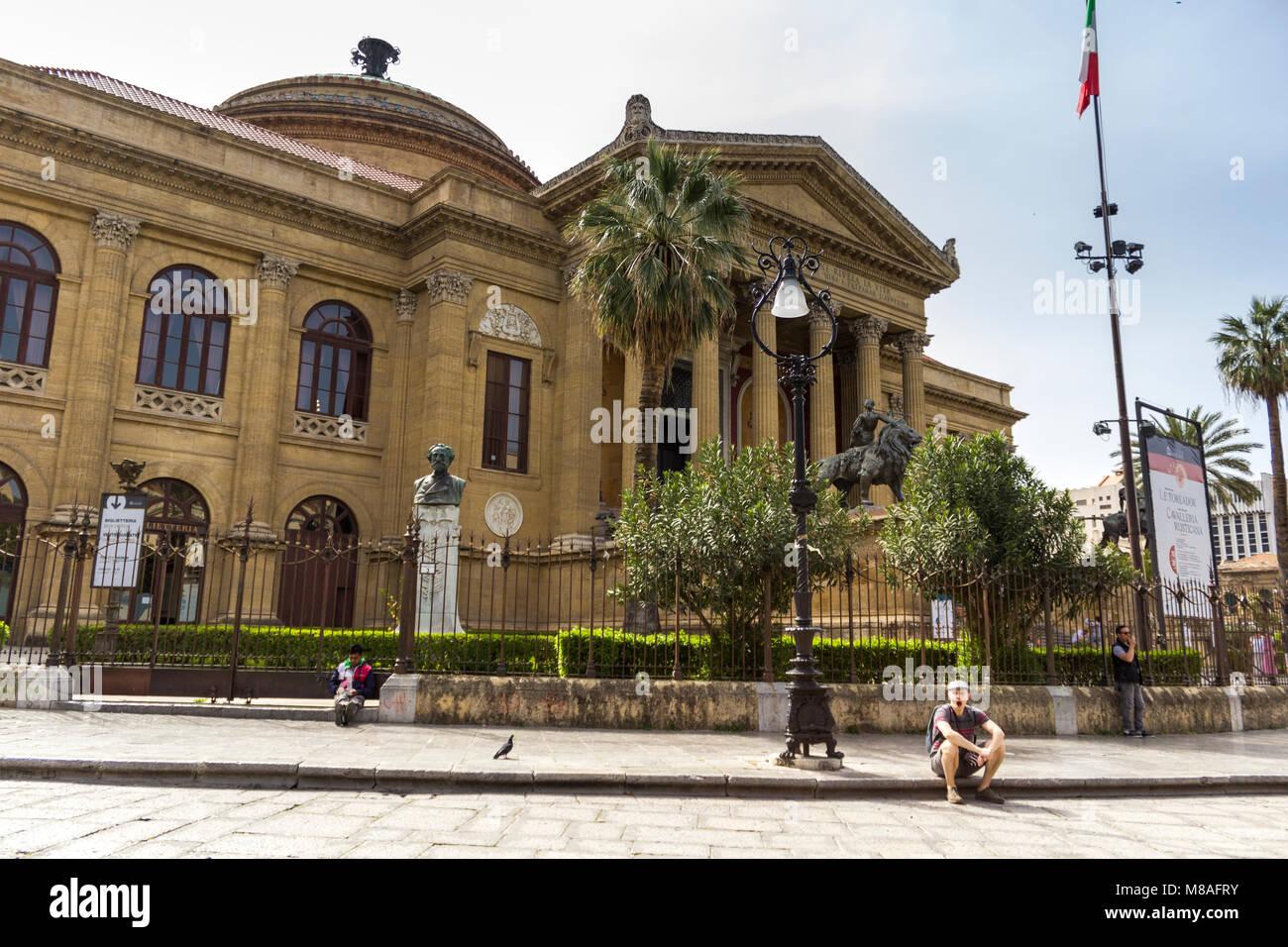 Opera House Teatro Massimo in square Piazza Giuseppe Verdi. Palermo ...