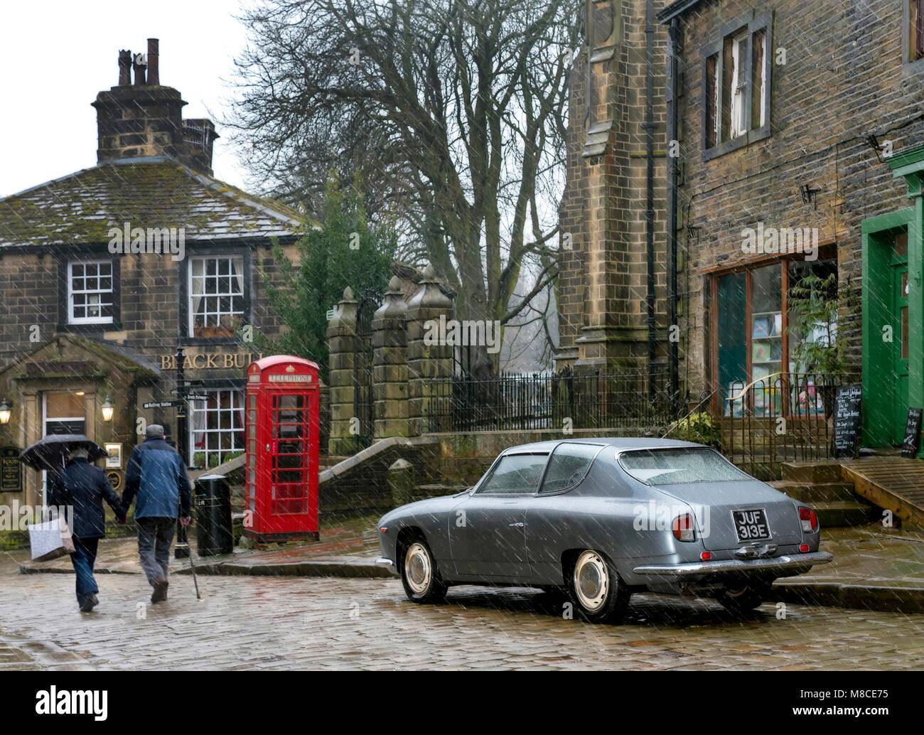 https://c8.alamy.com/comp/M8CE75/1967-lancia-flavia-zagato-in-main-street-haworth-west-yorkshire-M8CE75.jpg