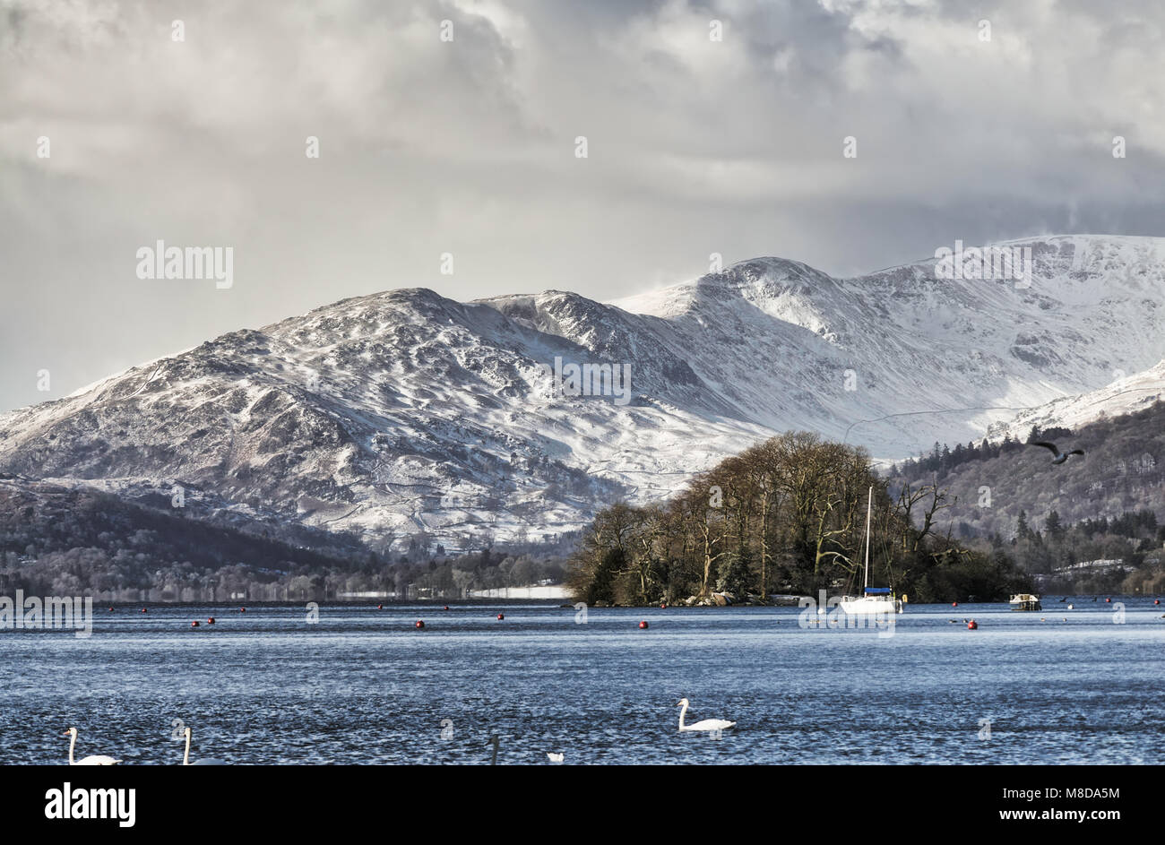 Snow covered Fairfield and Wndermere. - Stock Image