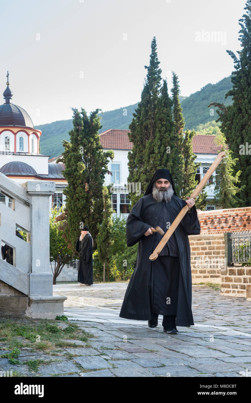 how to become an orthodox monk