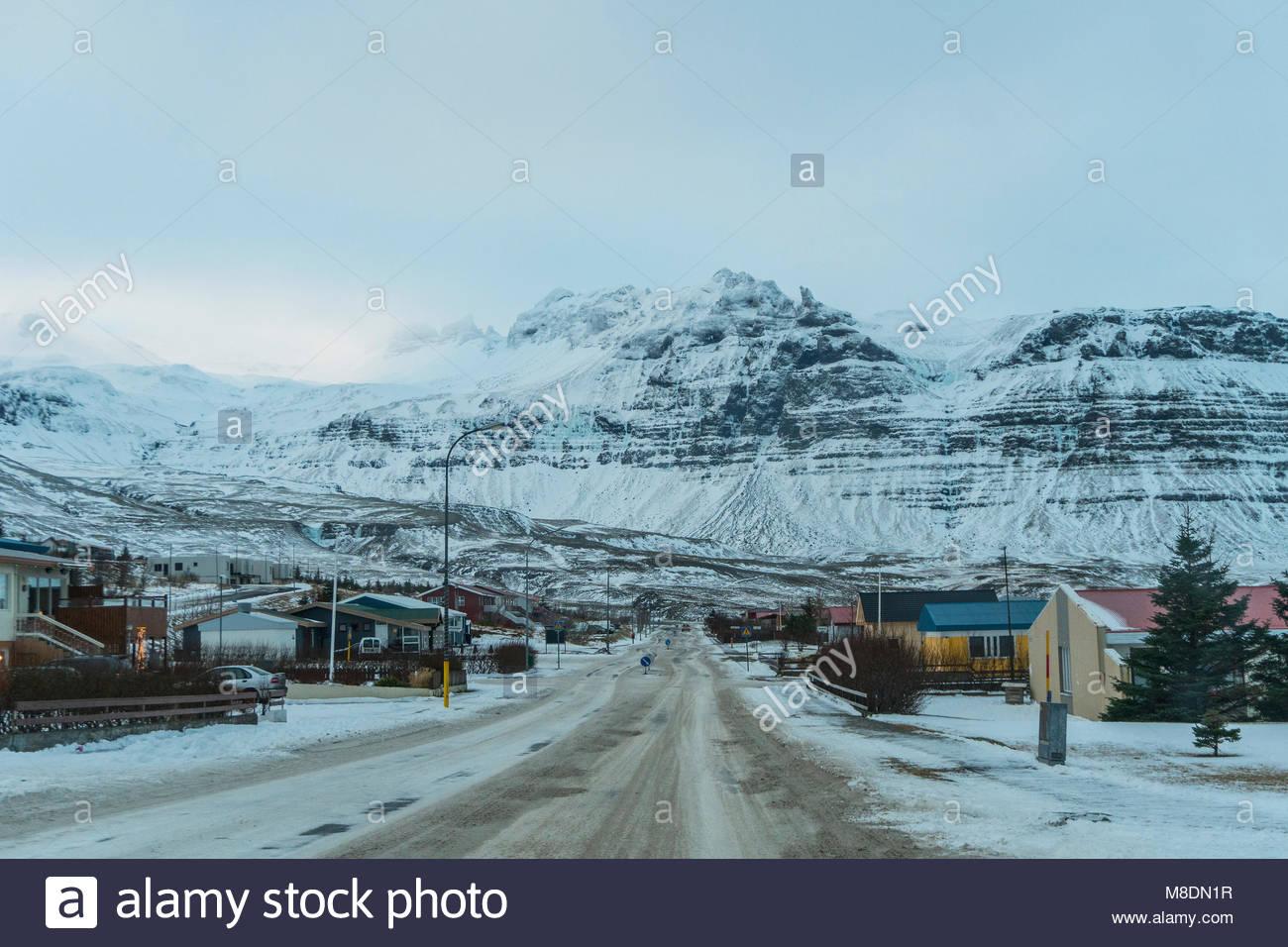 Road into small town of Grundarfjordur, Snaefellsnes Peninsula, Iceland - Stock Image
