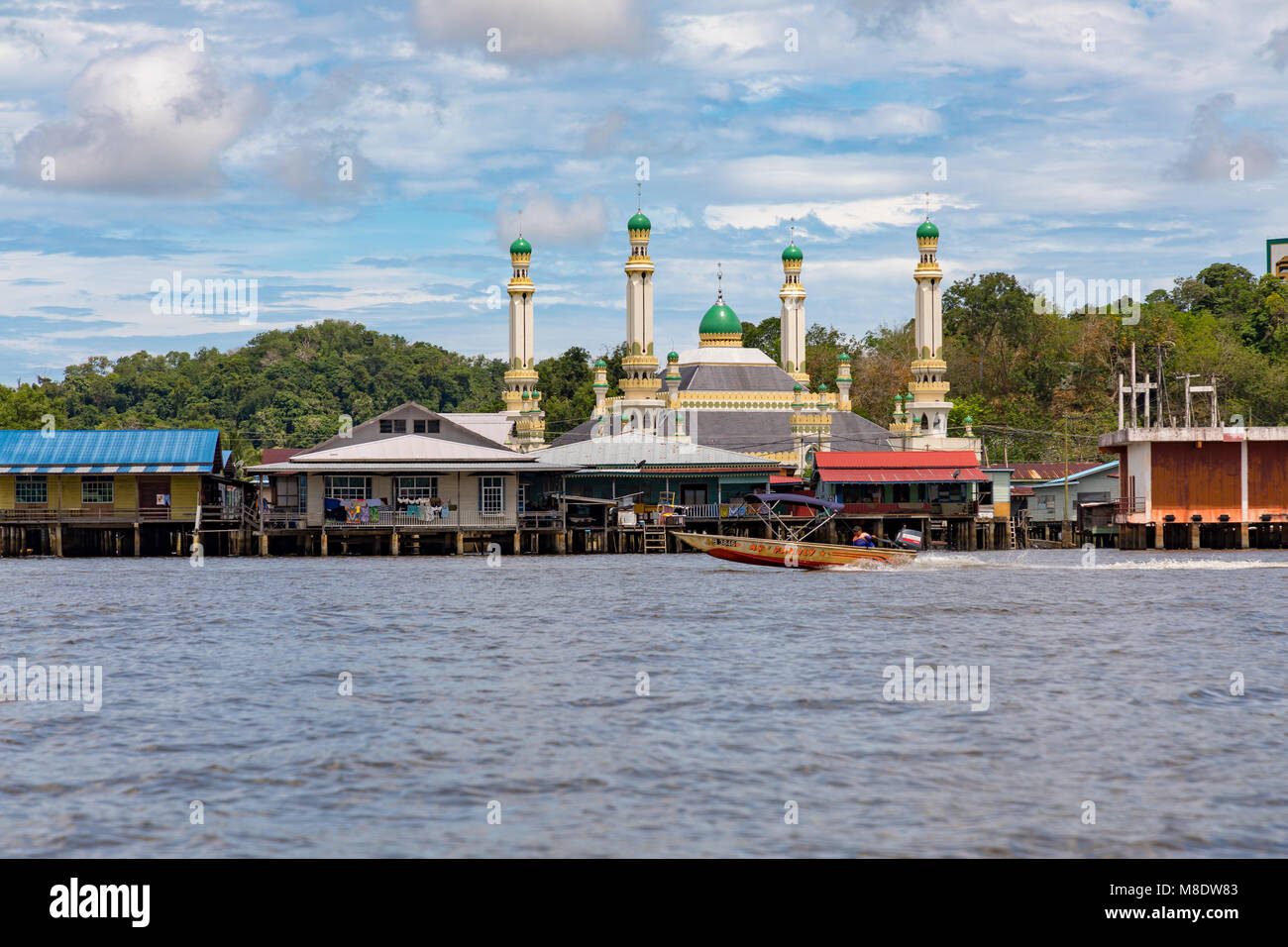 Brunei Darussalam Bandar Seri BegawanWater taxis on the Brunei river, in and around Kampong Ayer, the water village. - Stock Image