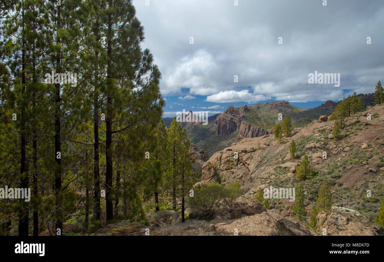 Gran Canaria, March 2018, view west from a hiking path towards Teide on Tenerife; north slope of Teide still has Stock Photo