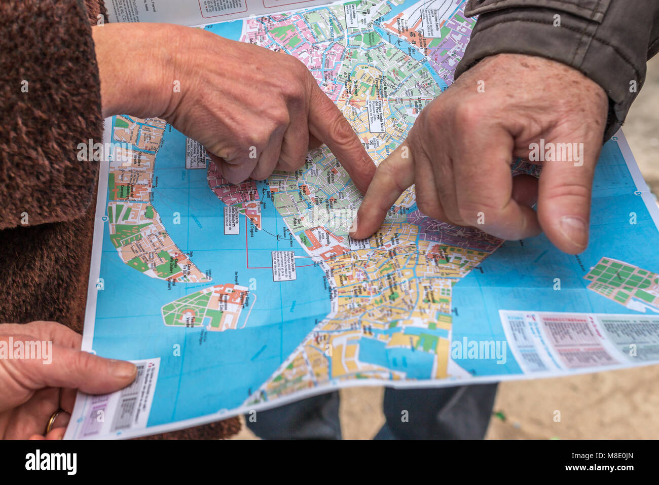 Itinerary and directions conflict - Stock Image