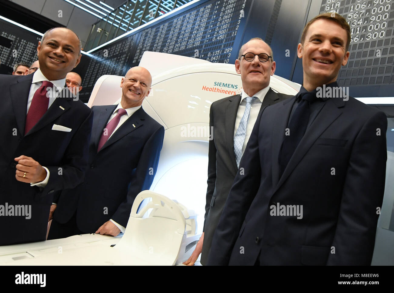 16 March 2018, Germany, Frankfurt am Main: Michael Sen (L-R), chairman of the Supervisory Board of the Siemens Healthineers Stock Photo