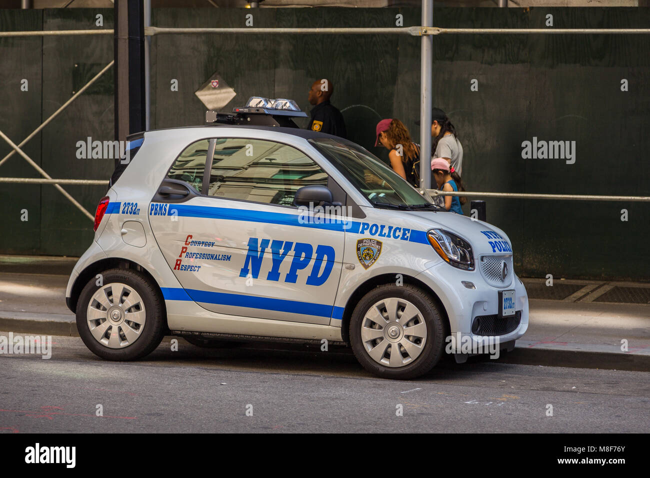 New York Nyc Usa August 26 2017 Police Nypd Smart Car On The