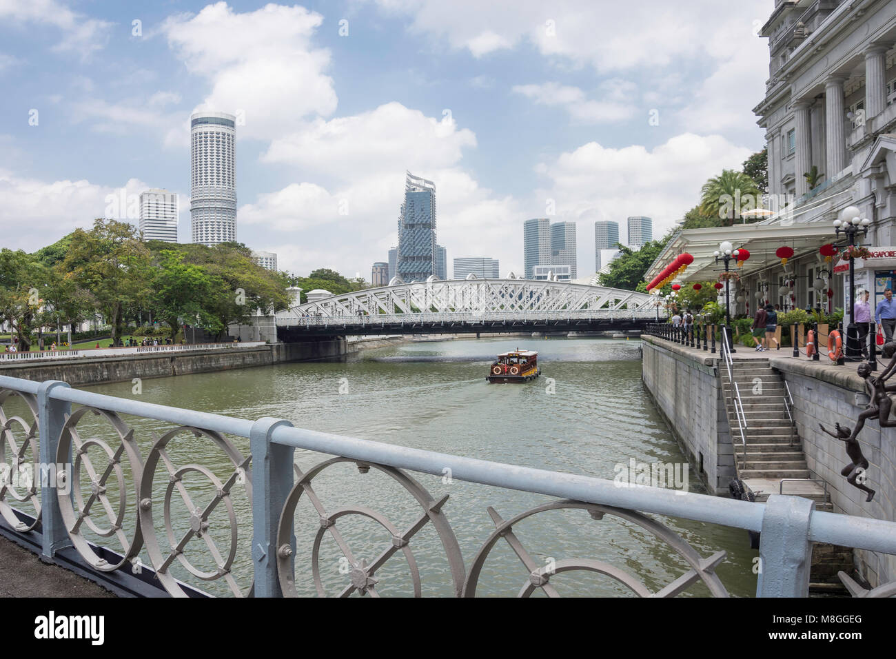 Anderson Bridge and Singapore River from Cavenagh Bridge, Marina Bay, Central Area, Singapore Island (Pulau Ujong), - Stock Image