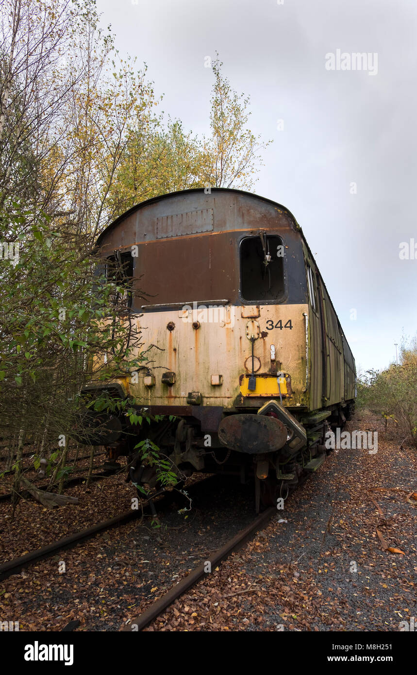 A run down abandoned locomotive - Stock Image
