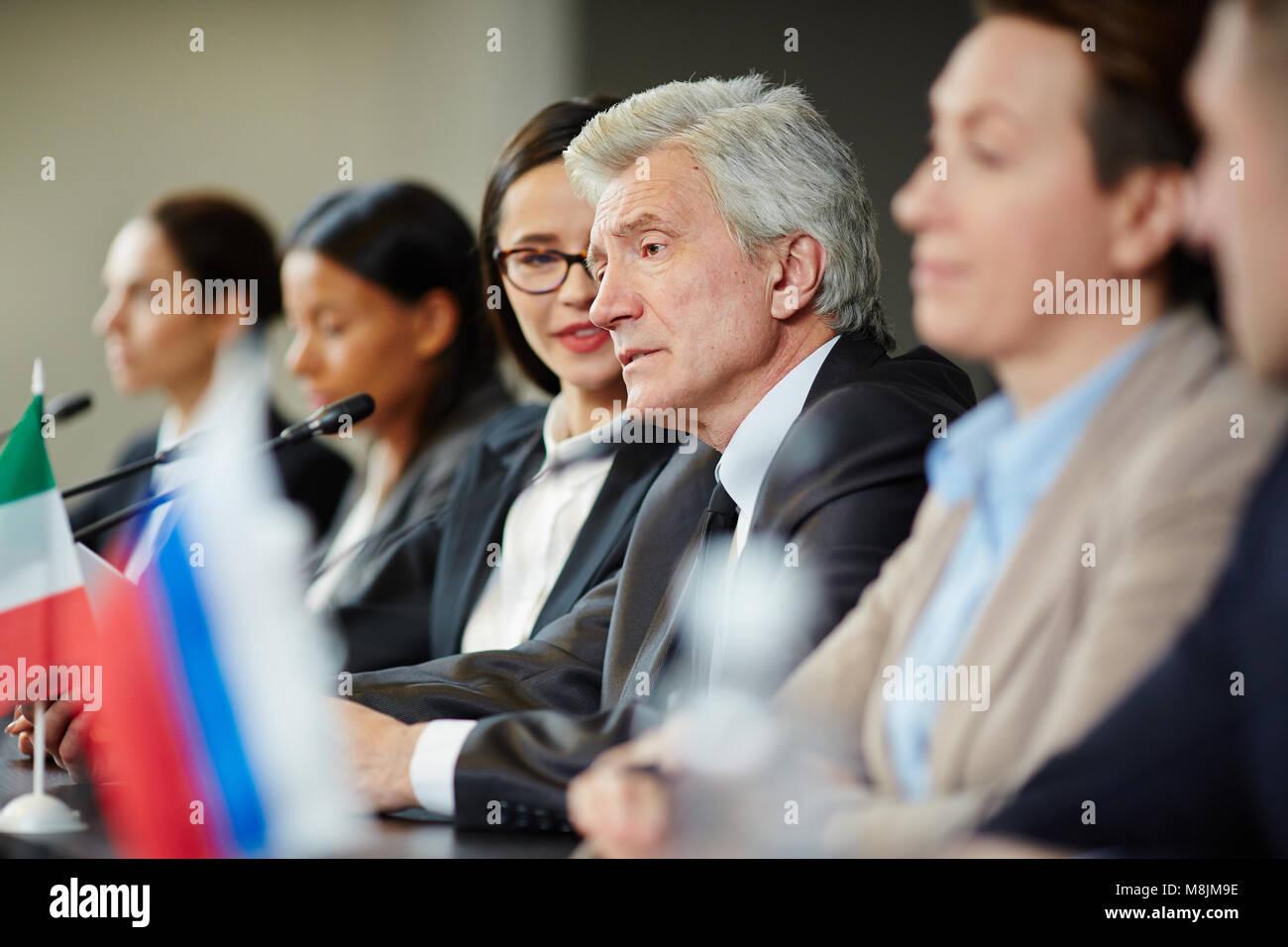 Speech at summit - Stock Image