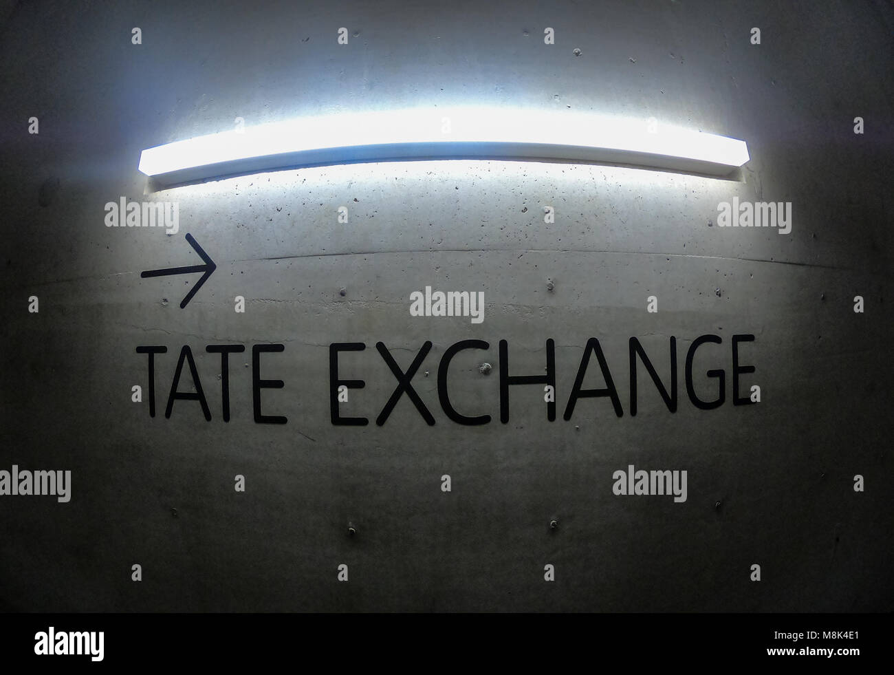 lamp beton title tate exchange background, title, light, concrete, empty, space, lamp, wall, party, show, backdrop, - Stock Image