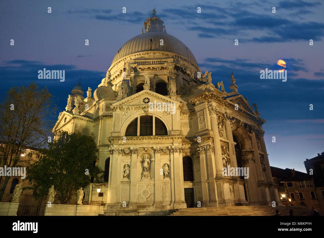 Santa Maria della Salute Cathedral at night - Stock Image