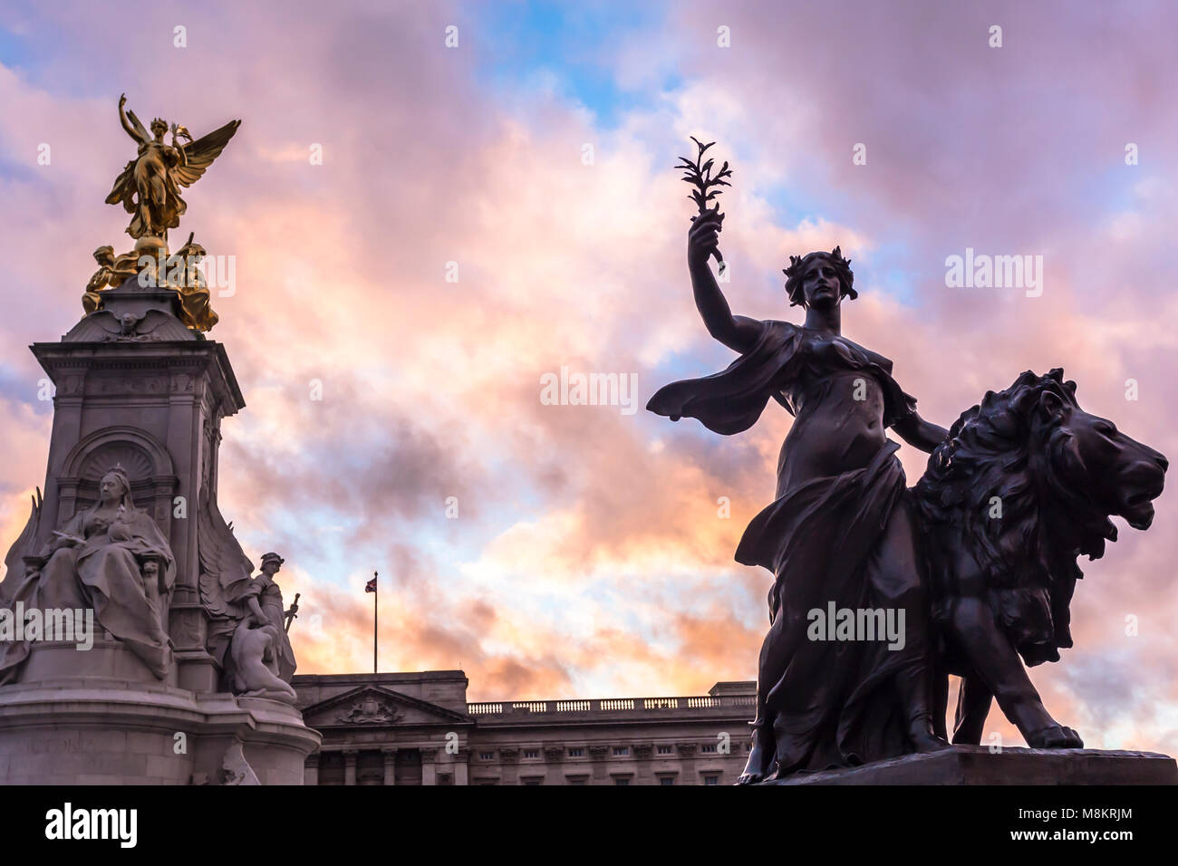 The Queen Victoria Memorial. The Queen Victoria Memorial is located in front of Buckingham Palace. - Stock Image