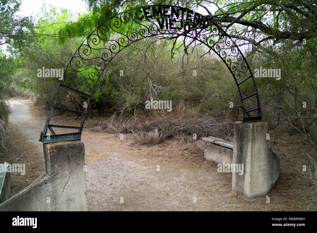 Gate to the historic cemetery for the family of Benino Leal on the property of the Santa Ana National Wildlife Refuge. - Stock Image