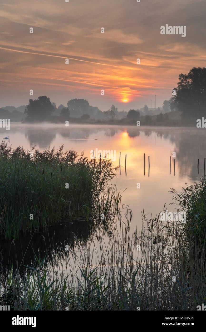 Willen Lake, Willen, Milton Keynes, Buckinghamshire, England, United Kingdom, Europe. - Stock Image