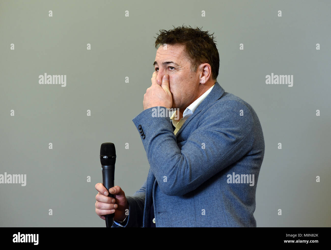 Former footballer Dean Saunders after dinner speaker - Stock Image