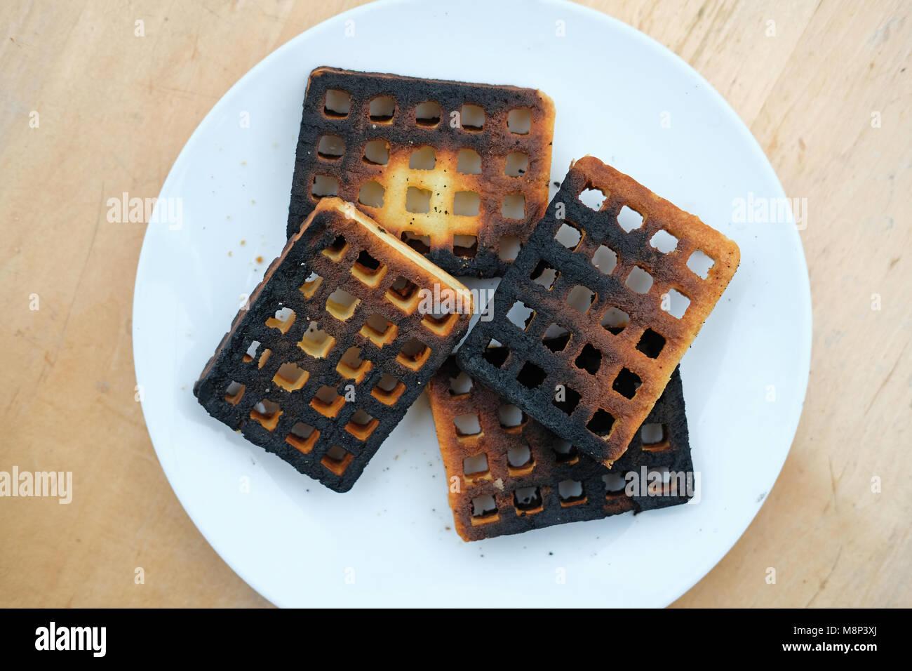 burnt-potato-waffles-M8P3XJ.jpg