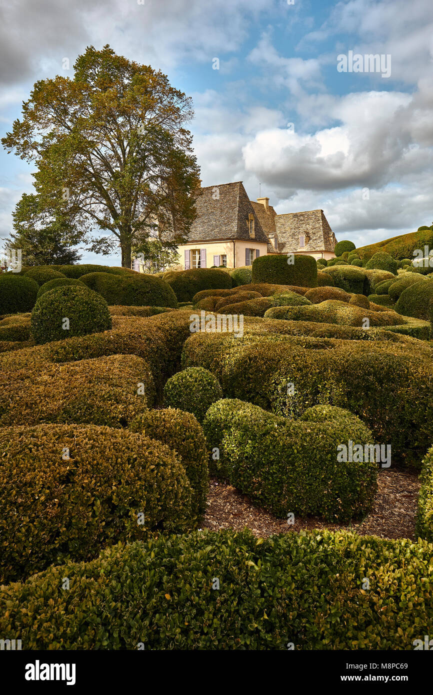 The chateau and gardens of Marqueyssac an enchanting swirl of box ...
