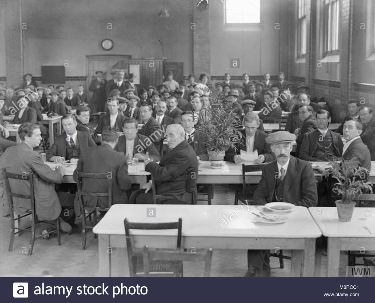 the foreign workers in britain 1914 1918 residents at the vickers ltd hostel at