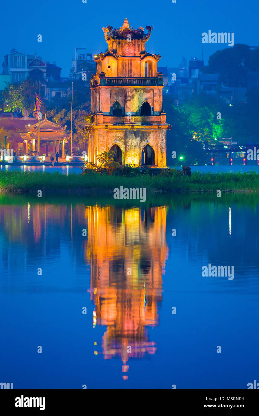 Hoan Kiem Lake,view at dusk of the historic pavilion on Hoan Kiem Lake in central Hanoi called the Tortoise -or - Stock Image