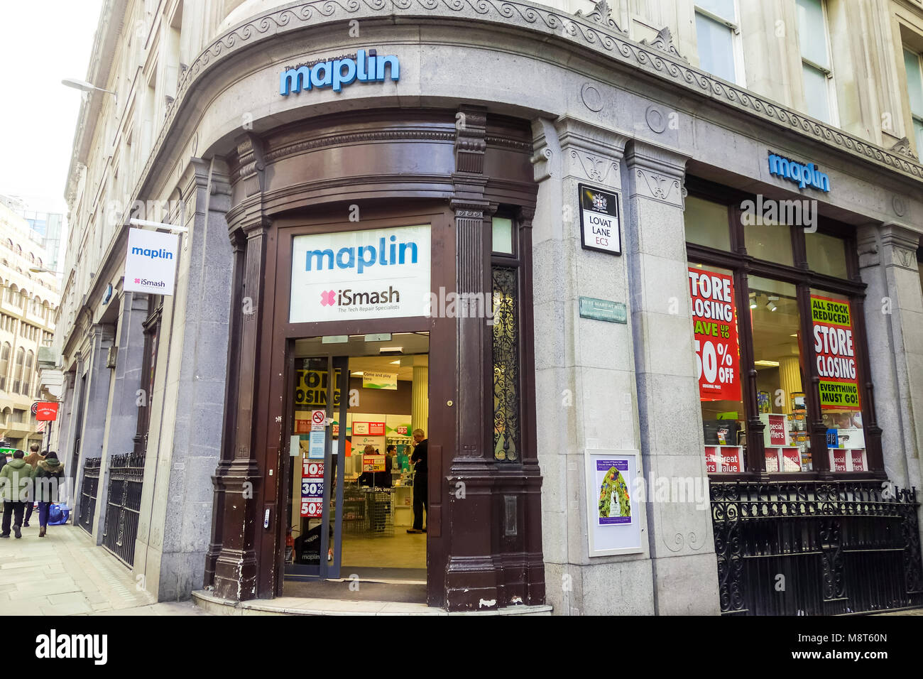 LONDON, UK -16th Mar 2018: Maplin store at their Eastcheap branch in Monument offers heavy discounts to customers - Stock Image