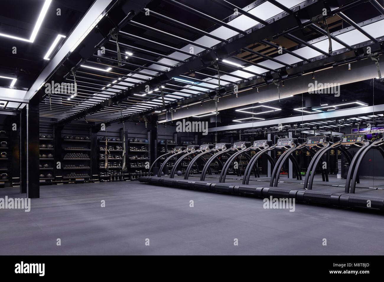 Fitness studio. KXU London, London, United Kingdom. Architect: Stiff + Trevillion Architects, 2017. - Stock Image