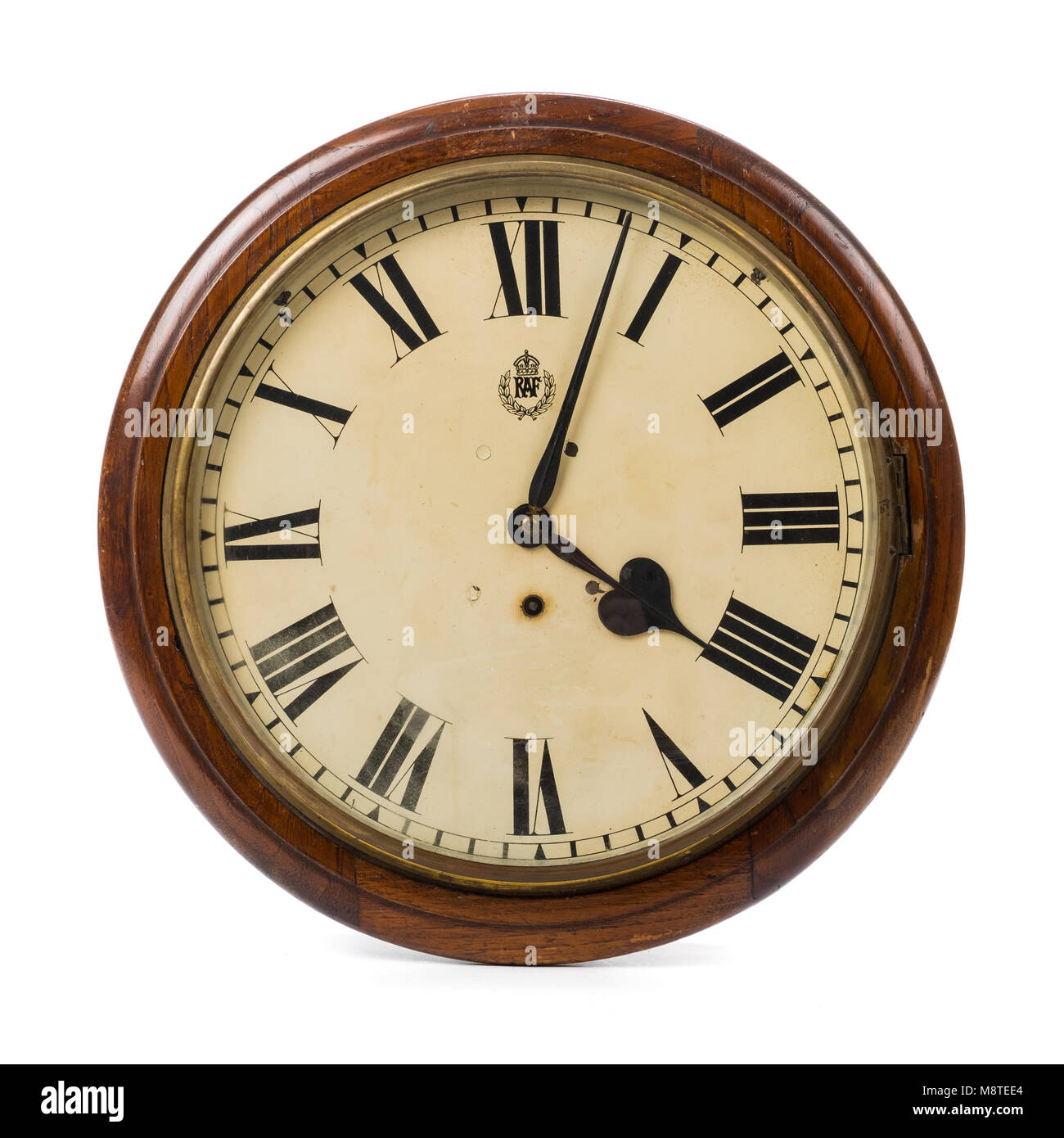 WW2 British RAF Station wall clock (47cm diameter) with brass Elliot movement and RAF crest on the circular white - Stock Image