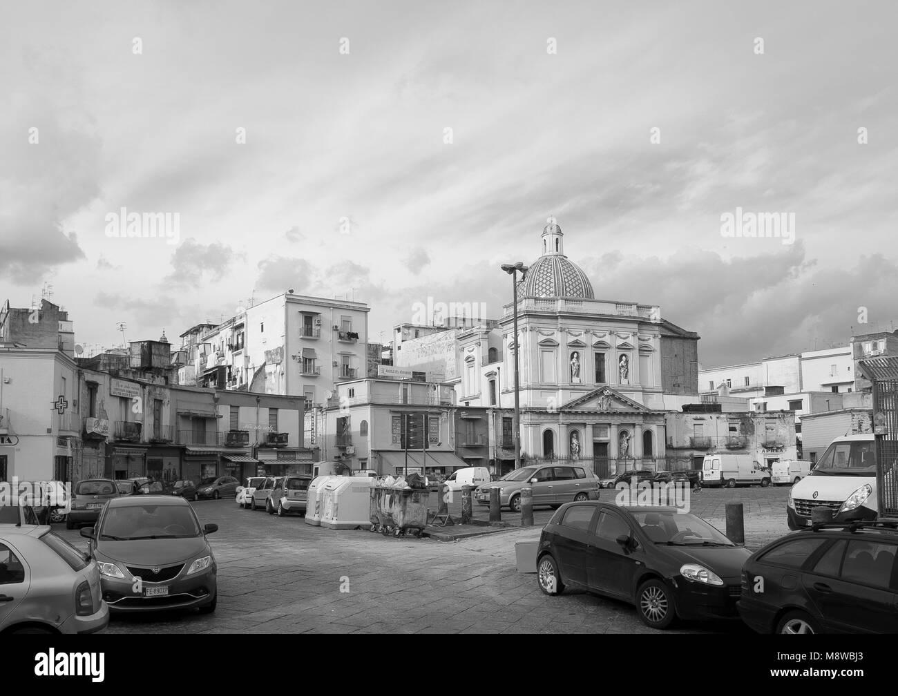 Piazza Mercato in Naples and the church of Santa Croce e Purgatorio al Mercato - Stock Image