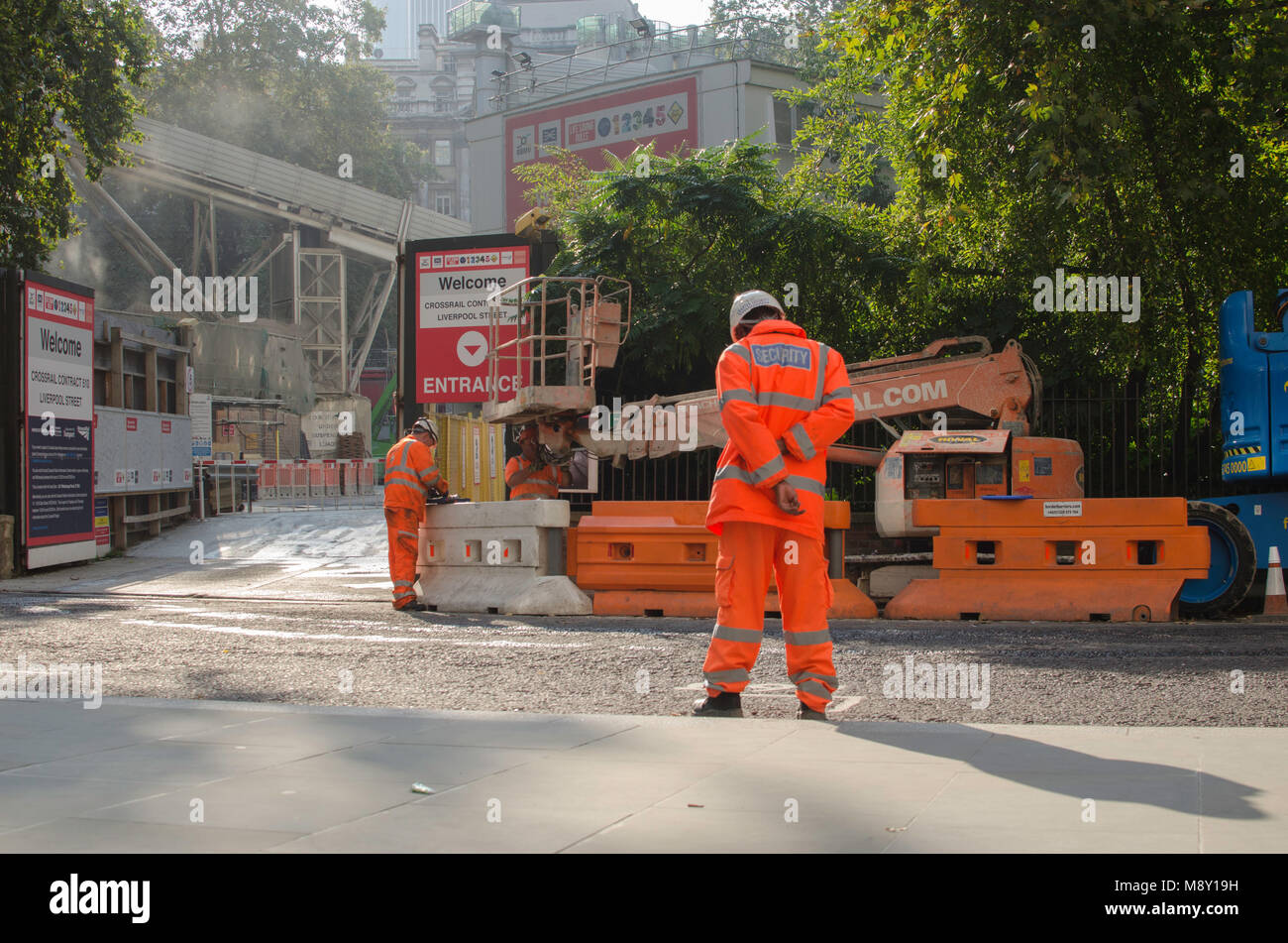 Construction workers on the site for the crossrail railway line at Finsbury Circus - Stock Image