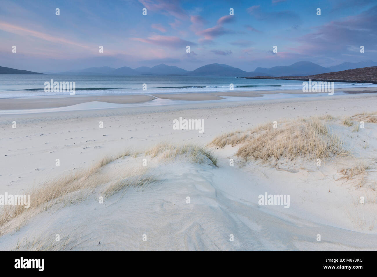Luskentyre beach on the Isle of Harris in the Outer Hebrdes. - Stock Image