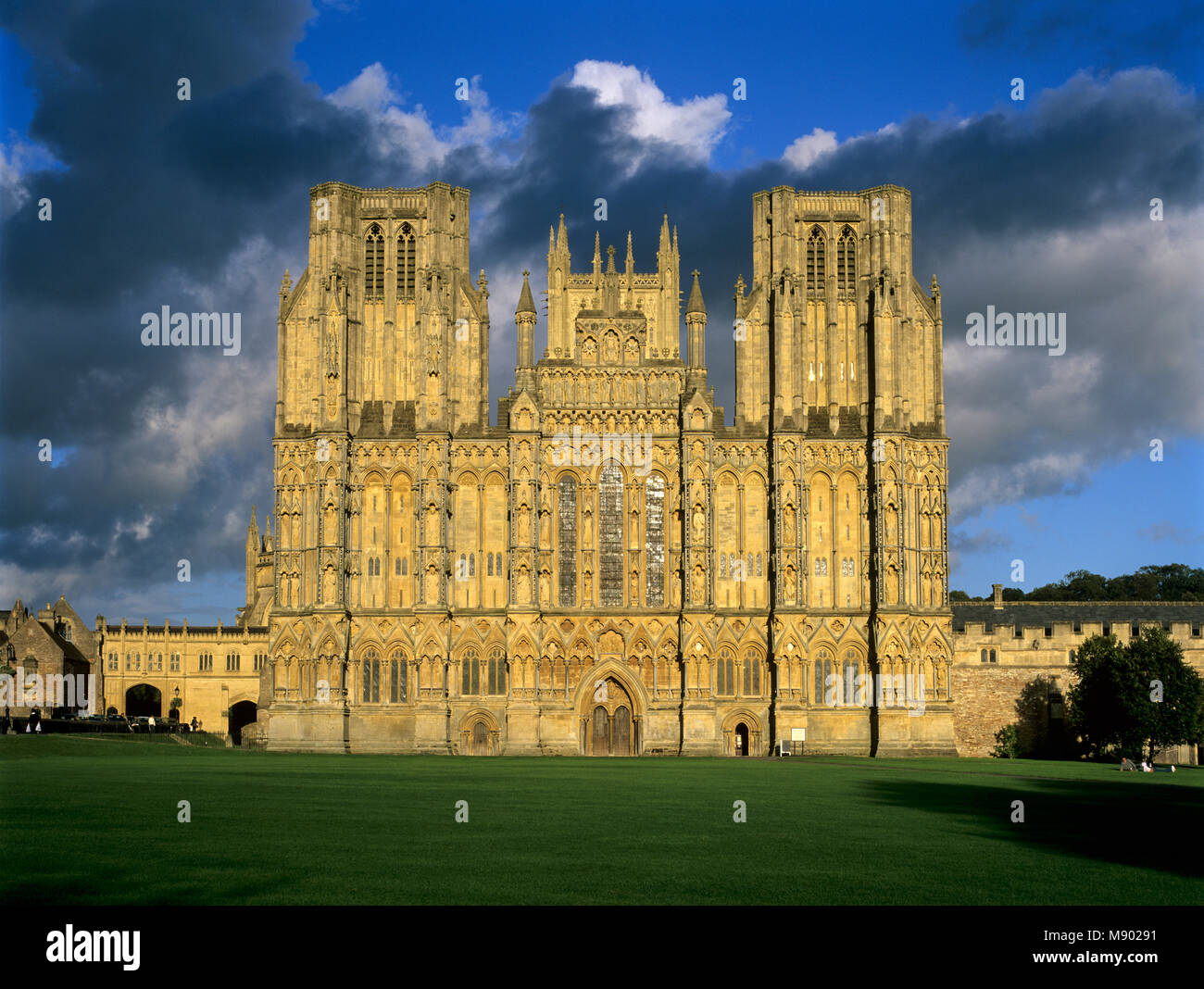 West facade of Wells Cathedral, Wells, Somerset, England, United Kingdom, Europe - Stock Image