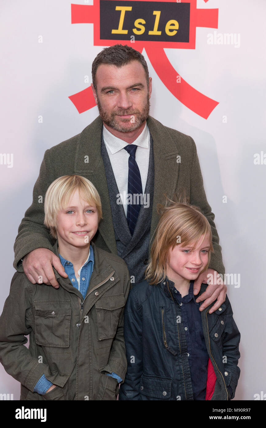 New York, United States. 20th Mar, 2018. Alexander Pete Schreiber, Liev Schreiber and Samuel Kai Schreiber attend Isle of Dogs New York special screening at Metropolitan museum Credit: Lev Radin/Pacific Press/Alamy Live News - Stock Image